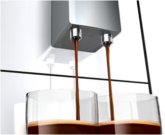 Regulowana wysokość wylotu kawy